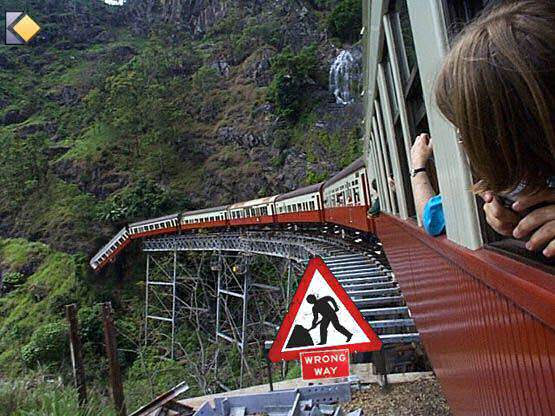 http://korimage.free.fr/mars/train1.jpg
