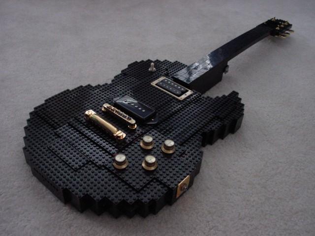http://kecy.roumen.cz/archive/lego_guitar.jpg