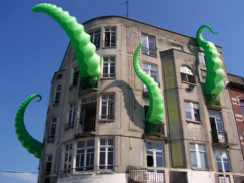 http://craphound.com/images/octo_pied_building_by_FilthyLuker.jpg