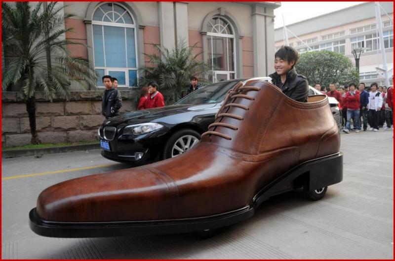 http://sadpanda.cn/wordpress/wp-content/uploads/2011/03/shoe-car-1024x679.jpg