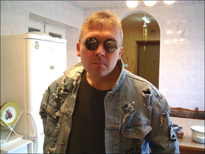 Ведомственной охраны вокалист рок-группы красная плесенькрасная