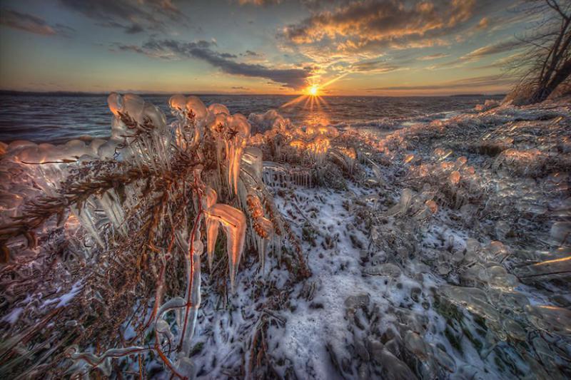 http://www.bugaga.ru/uploads/posts/2014-12/1419341296_posle-ledyanogo-shtorma-3.jpg