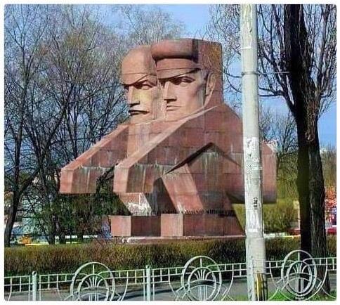 http://savepic.ru/11395143.jpg